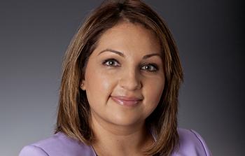 Female Banner Bank employee of Hispanic decent
